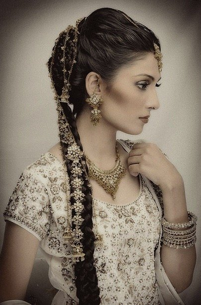 The Best Hairstyles For Brides Accessories Style And Weddings Pictures