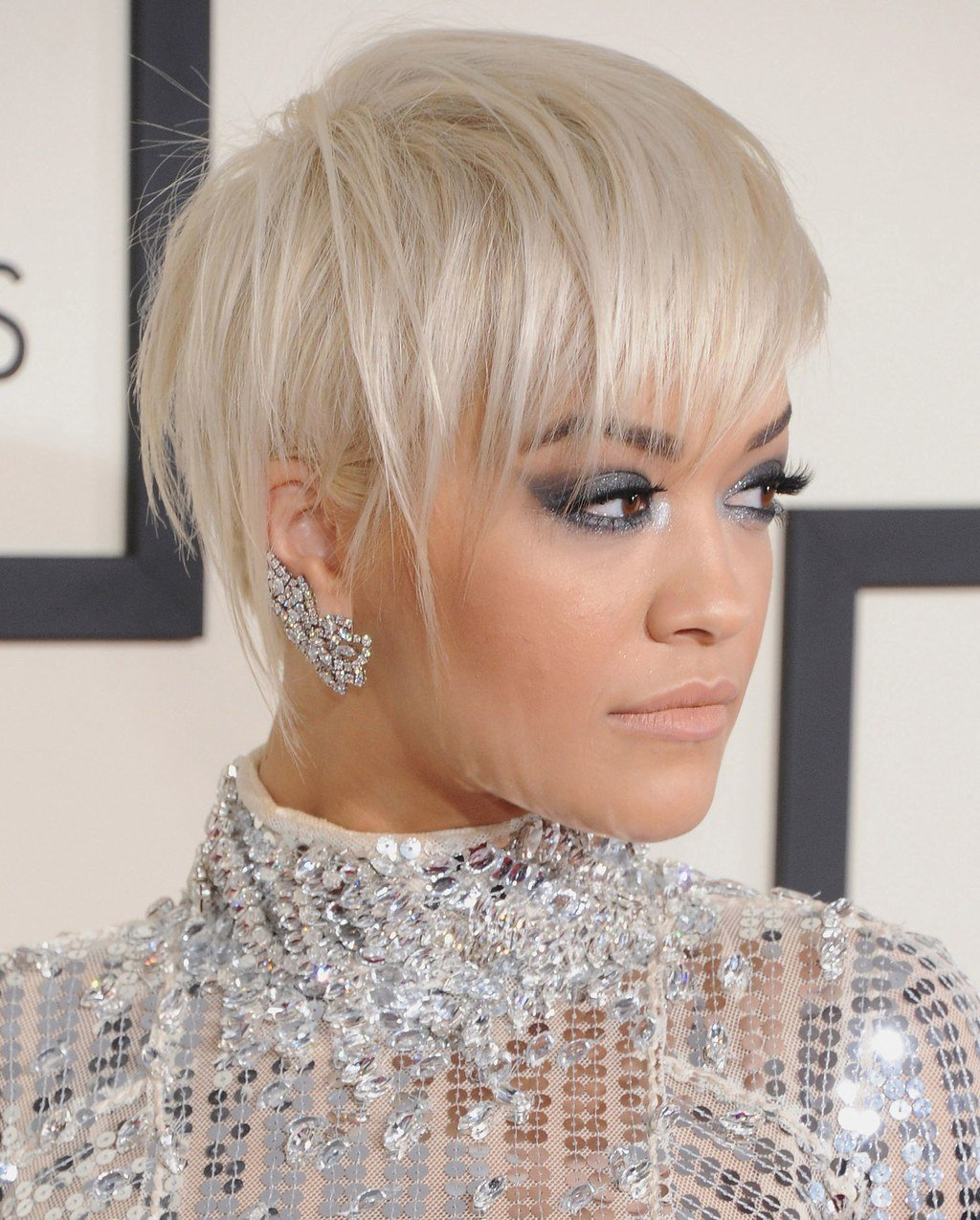 The Best 5 Fantastic Short Haircuts That Aren T Bobs On Rita Ora Pictures