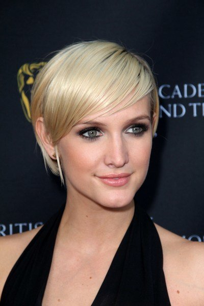 The Best Ashlee Simpson – Long Pixie To Short Bob Darkfire Pictures