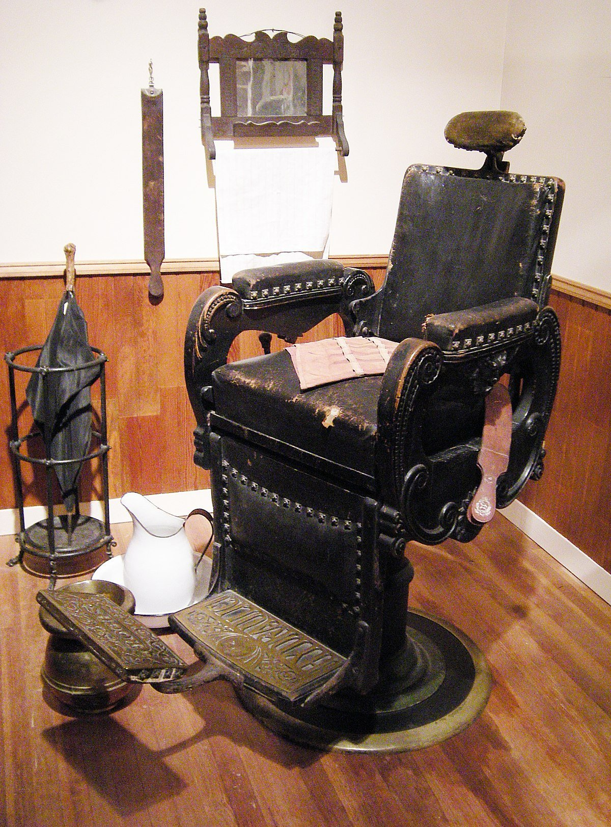 The Best Barber Chair Wikipedia Pictures