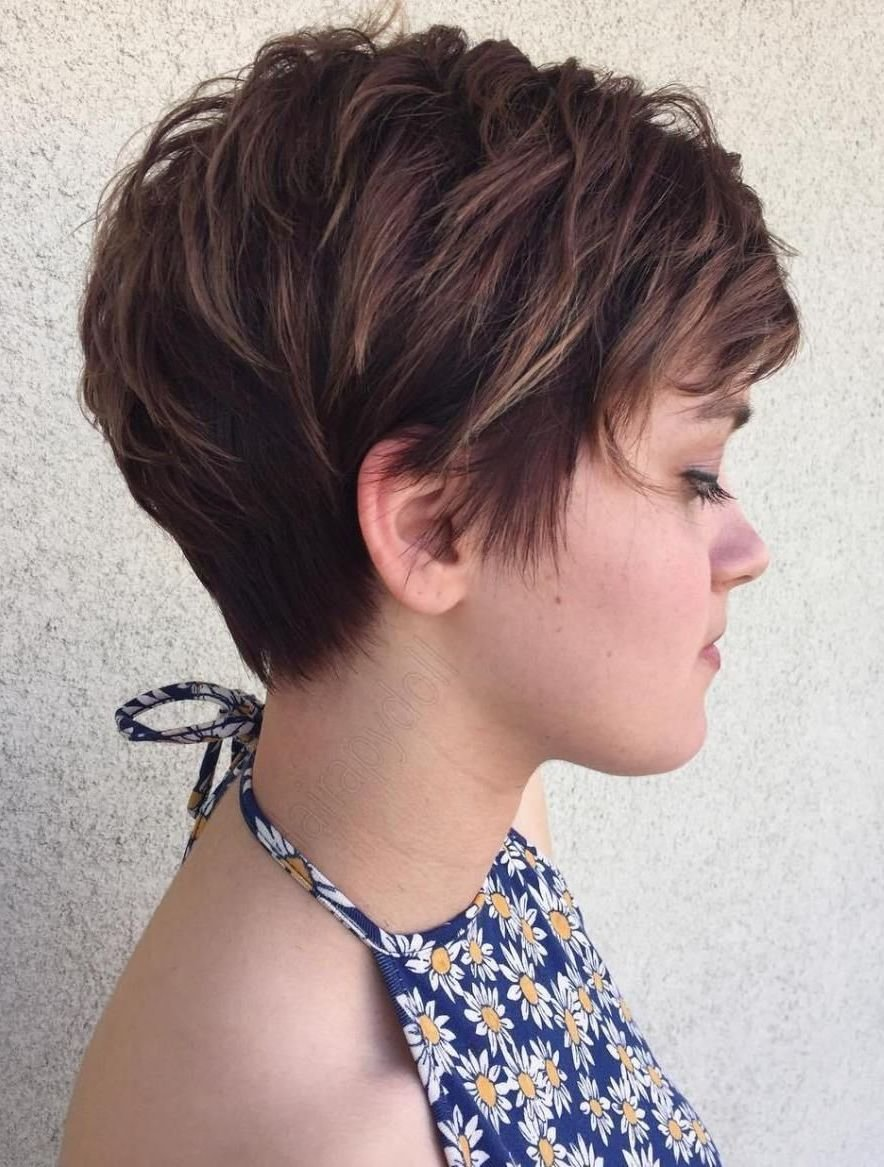 The Best 30 Gorgeous Feathered Short Hairstyles For Women Hairdo Pictures