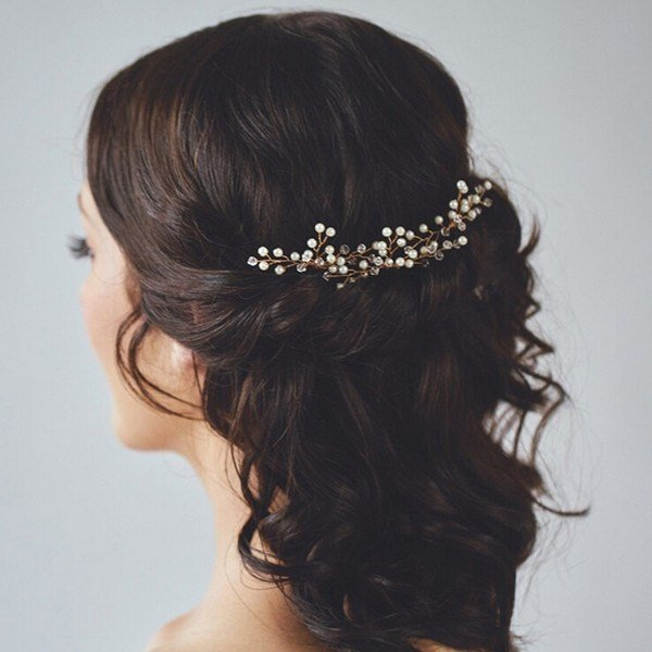 The Best Useful Tips For Choosing Bridal Hair Accessories For A Pictures