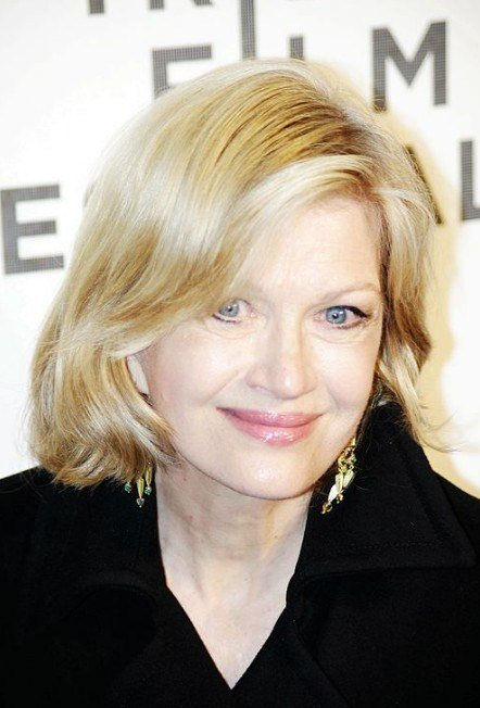 The Best Diane Sawyer Hairstyles Layered Medium Bob Hairstyle For Pictures