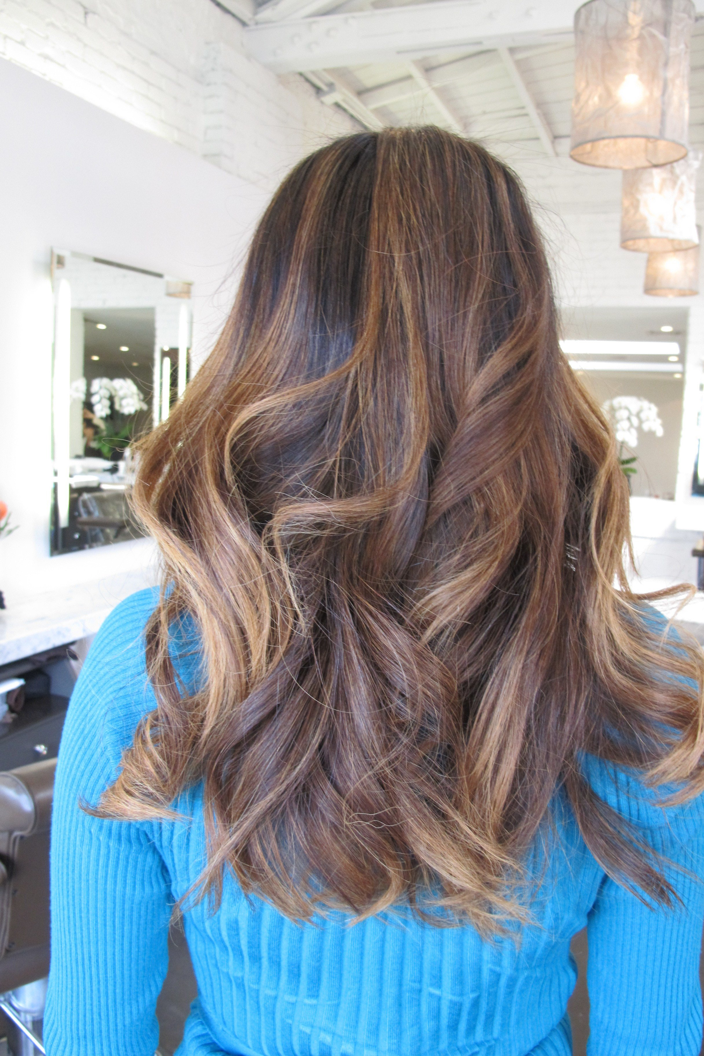 The Best Subtle Brunette Highlights – Jonathan George Pictures