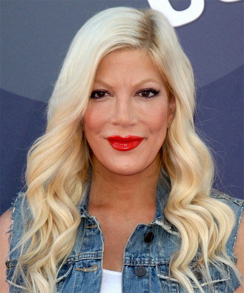 The Best Tori Spelling Hairstyles Hair Cuts And Colors Pictures