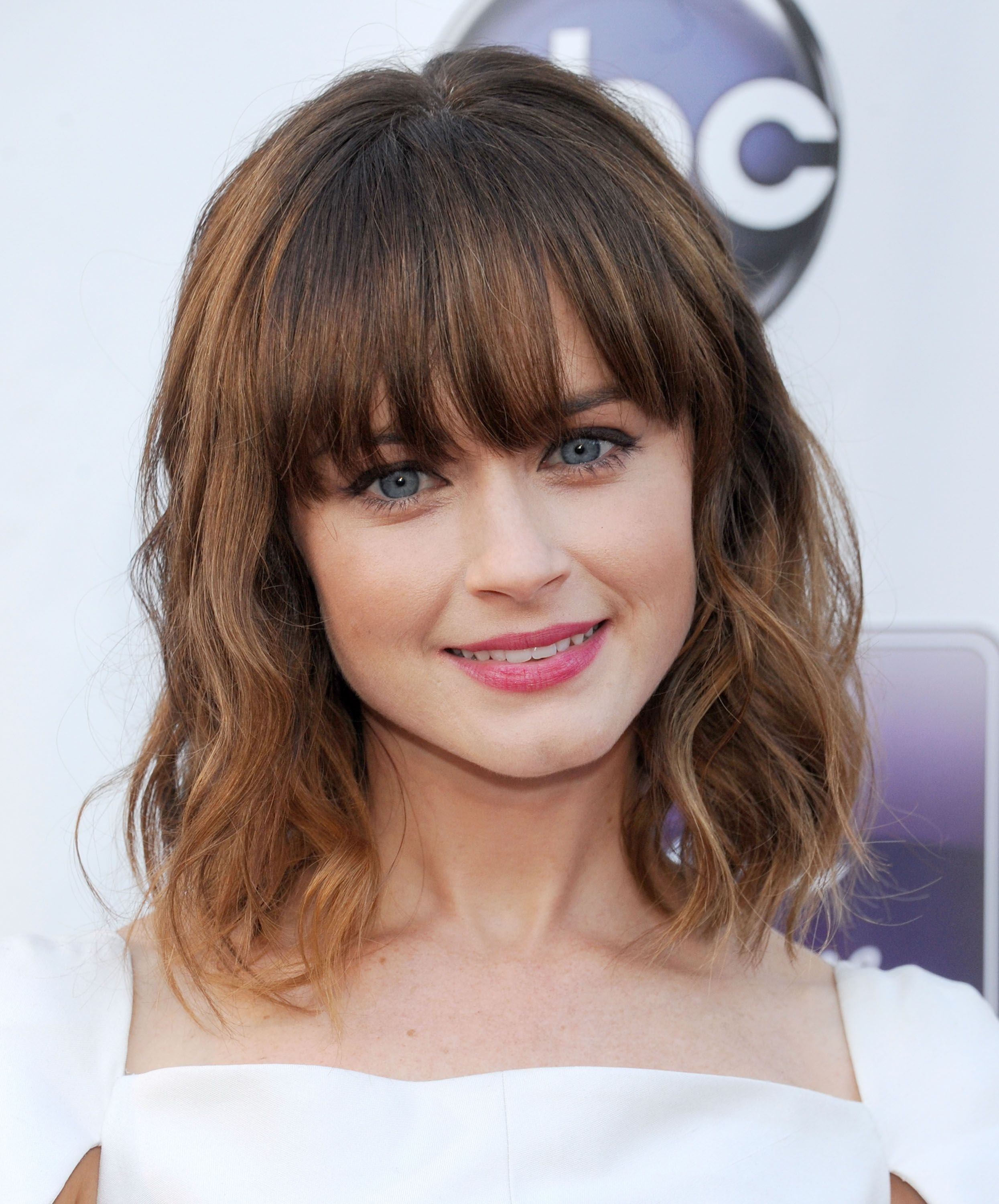 The Best 35 Best Hairstyles With Bangs Photos Of Celebrity Pictures