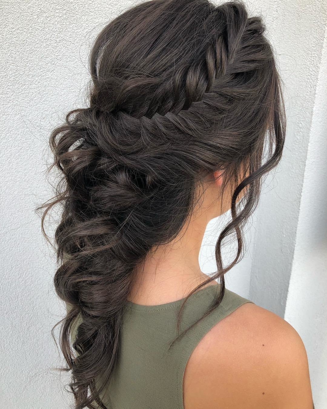 The Best 9 Wedding Hair Trends For 2019 Pictures