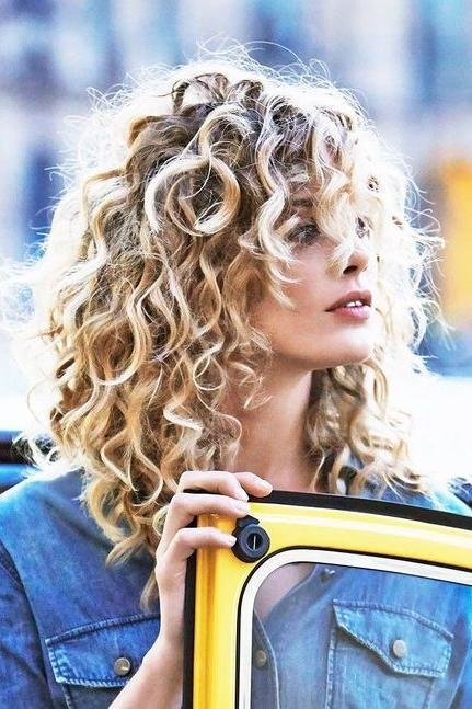 The Best Haircuts For Curly Haired Beauties Southern Living Pictures