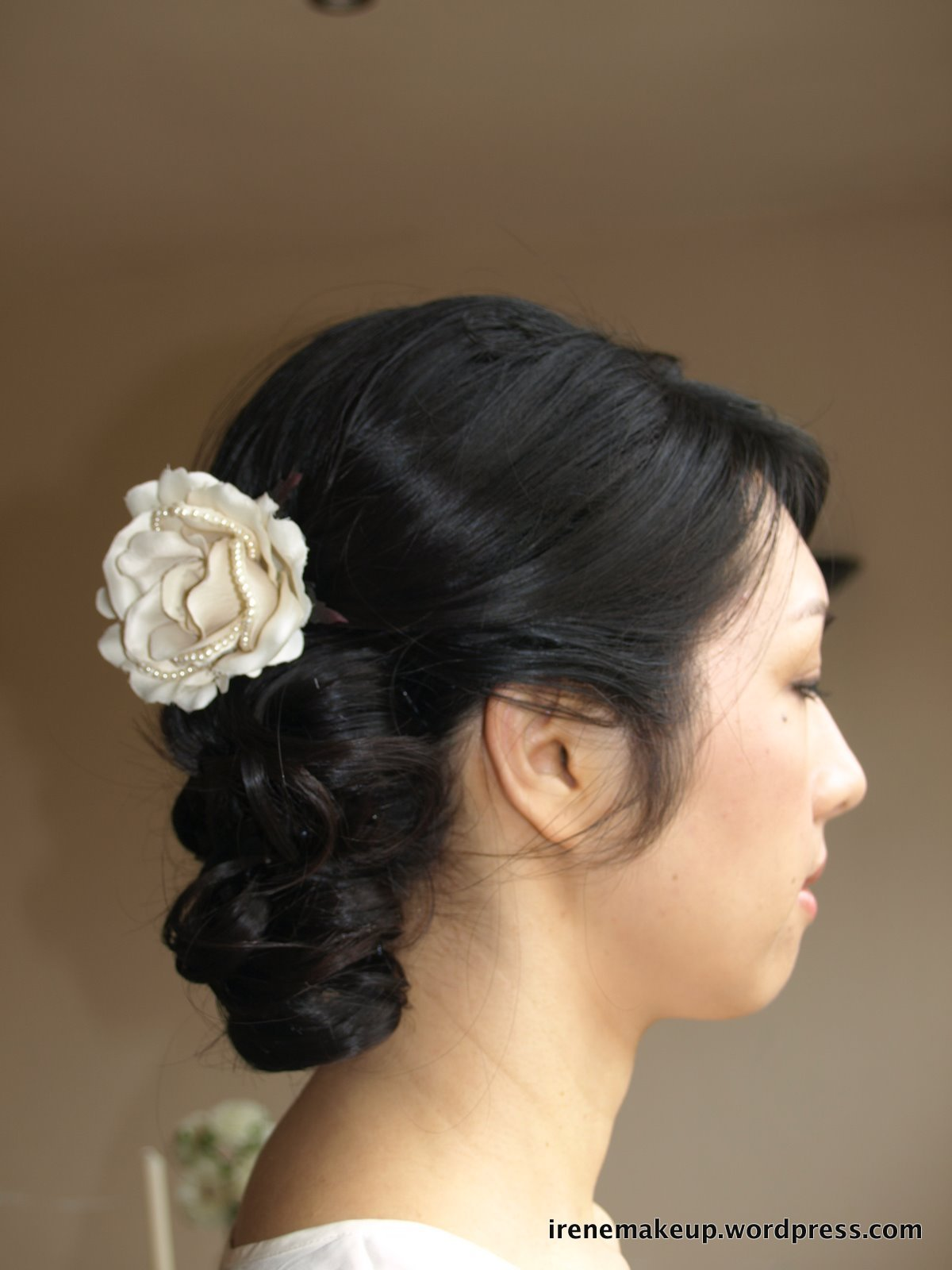 The Best Chinese Bridal Hairstyle Soft Romantic Updo 新娘盘头发型 Pictures