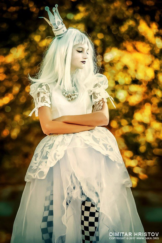 The Best The White Queen – Alice In Wonderland 54Ka Photo Blog Pictures