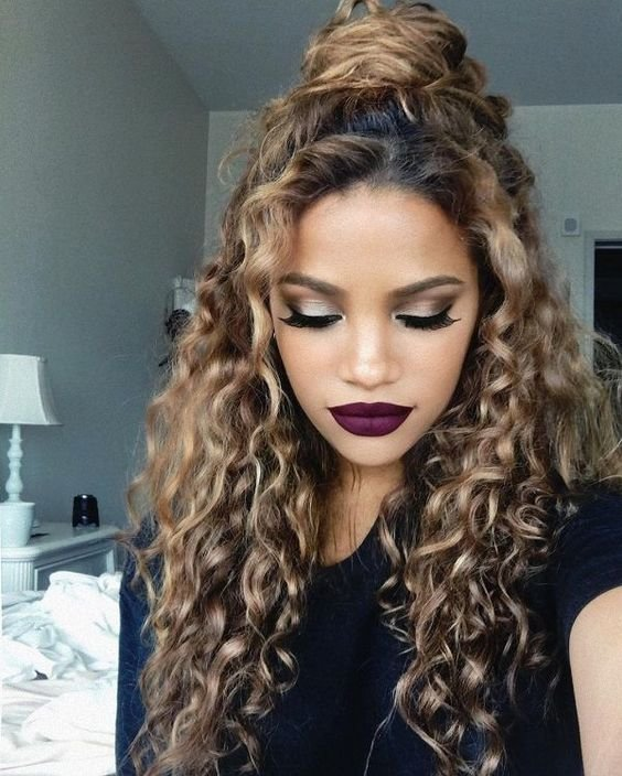 The Best 15 Incredibly Hot Hairstyles For Natural Curly Hair Pictures