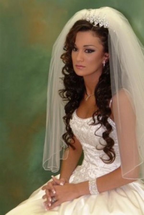 The Best Wedding Veil Styles With Long Hair Veils Pinterest Pictures