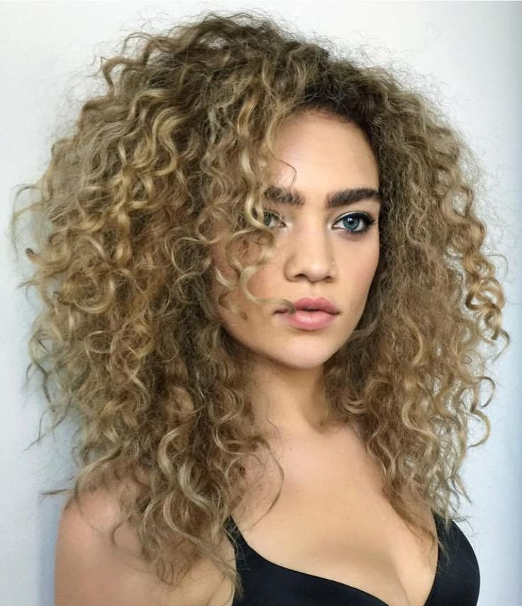 The Best 17 Best Ideas About Layered Curly Hair On Pinterest Thick Curly Hair Long Curly Hairstyles Pictures