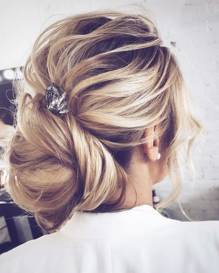 The Best 25 Best Ideas About Straight Wedding Hairstyles On Pictures