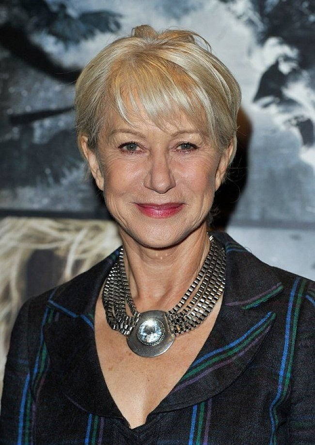 The Best Short Hair Styles For Older Women The Changing Long Pictures