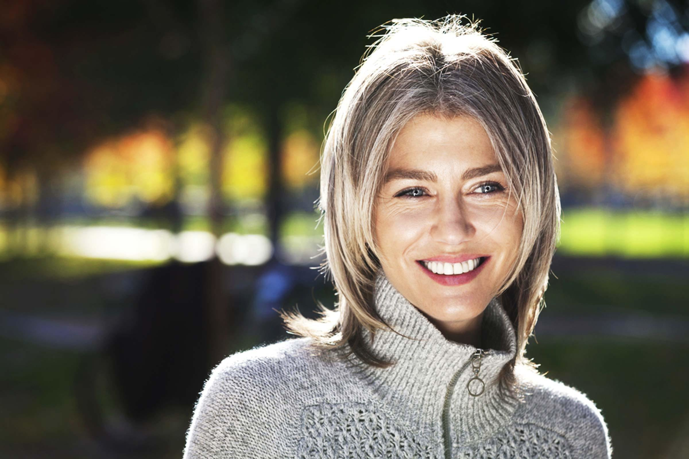 The Best Colorist Approved Tricks For Going Gray Gracefully Pictures