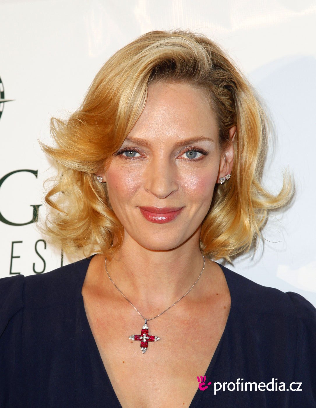 The Best Uma Thurman Hairstyle Easyhairstyler Pictures