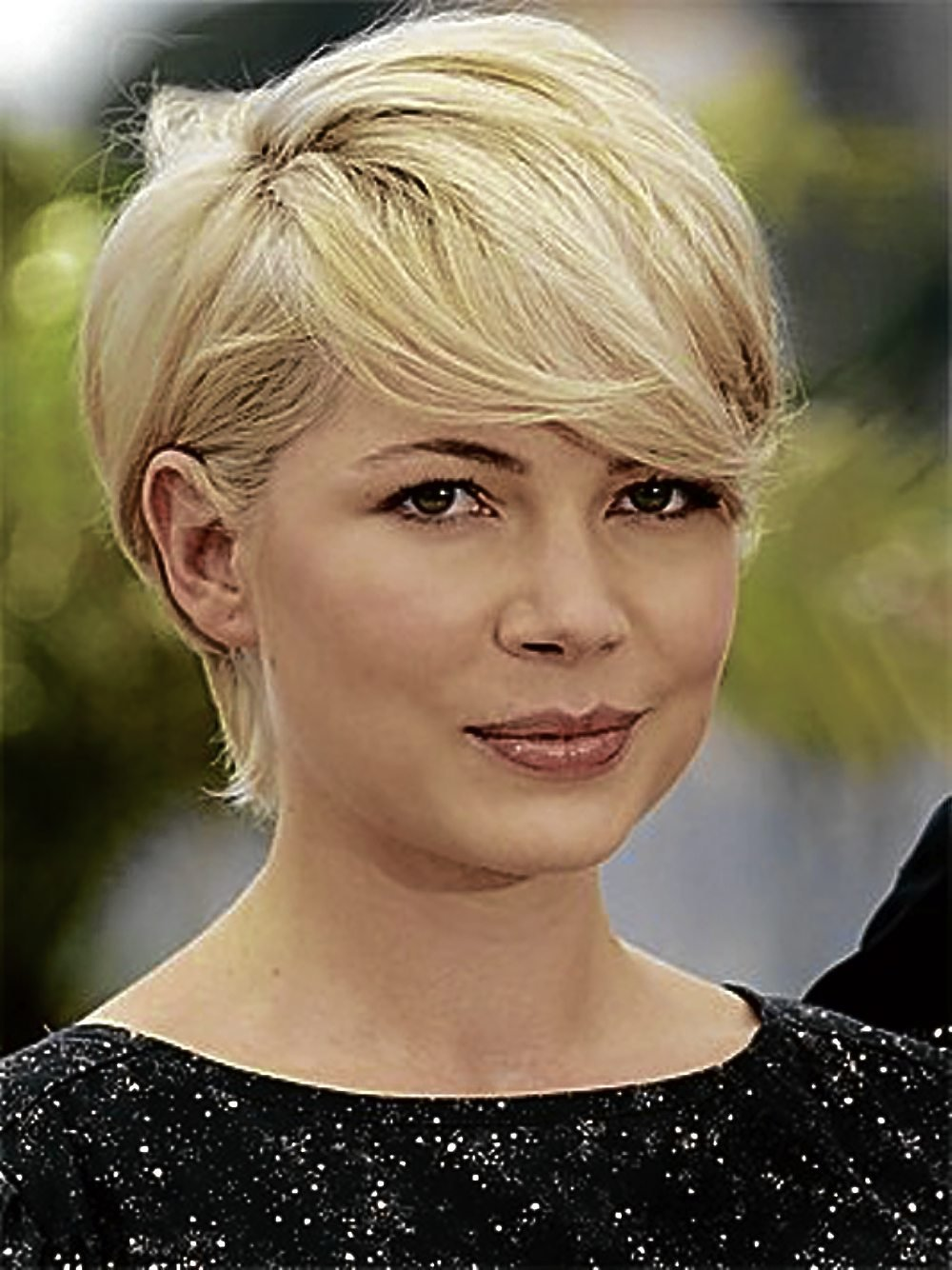 The Best Our Favorite Short Haircuts For Women With Thick Hair Women Hairstyles Pictures