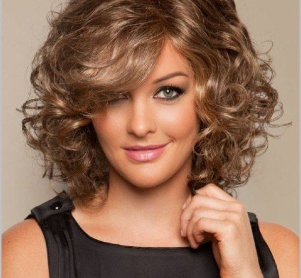 The Best Medium Length Curly Haircuts For Round Faces All New Pictures