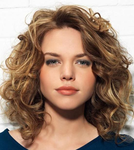The Best 26 Best Medium Curly Hairstyles For Every Occasion Pictures