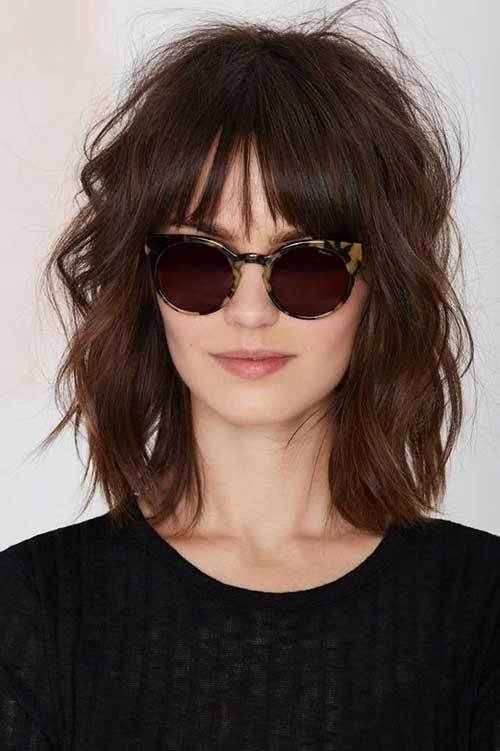 The Best Short To Medium Hairstyles For Wavy Hair Short Pictures