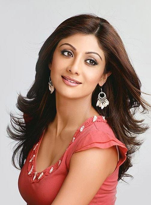 The Best Shilpa Shetty Wavy Hairstyle Pictures