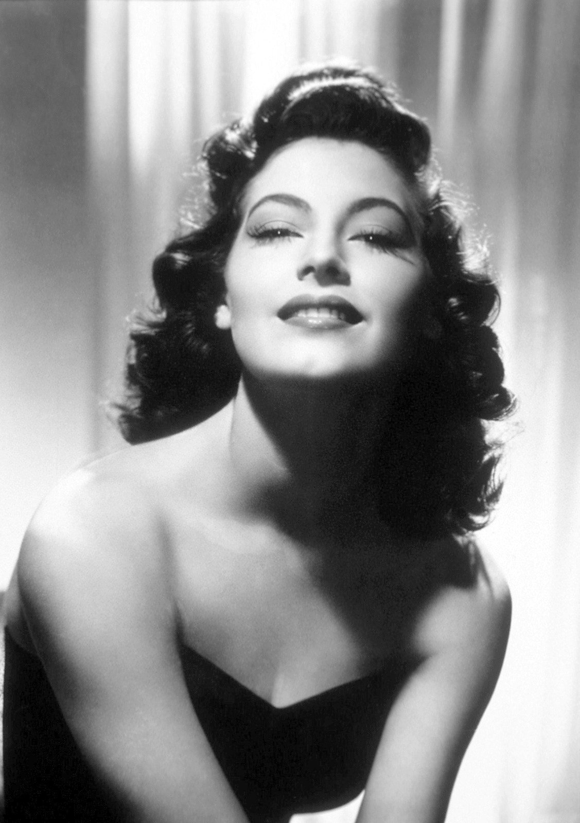 The Best 1940S Hairstyles For Long Hair Elle Hairstyles Pictures