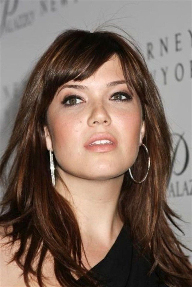 The Best Beautiful Hairstyles For Oval Faces Women S Fave Hairstyles Pictures