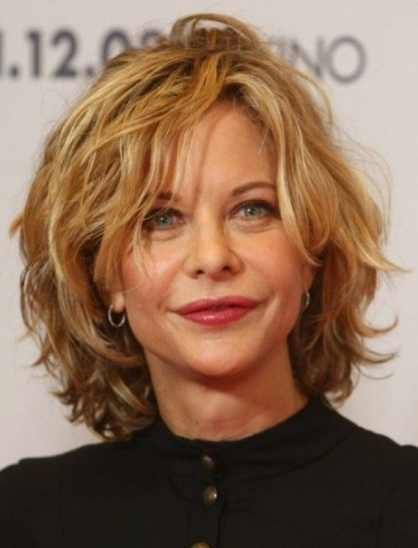 The Best Short Layered Haircuts For Women Over 40 With Thick Hair Pictures