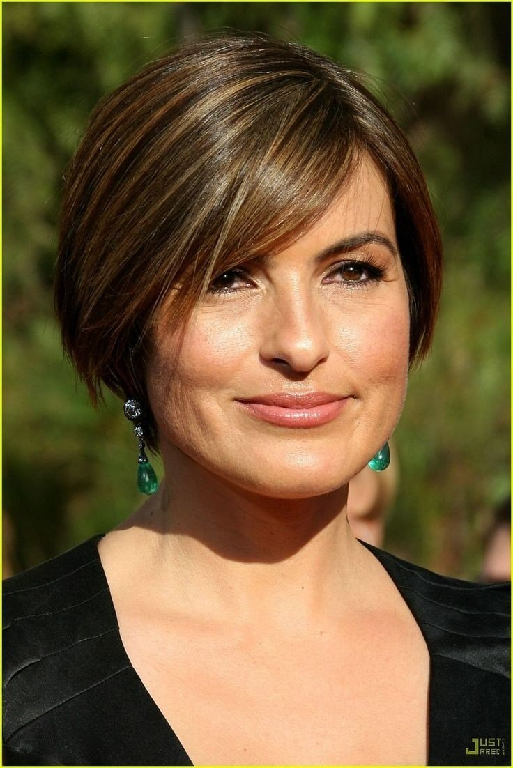 The Best Mariska Hargitay Short Haircut Hairstyles For Round Faces Pictures