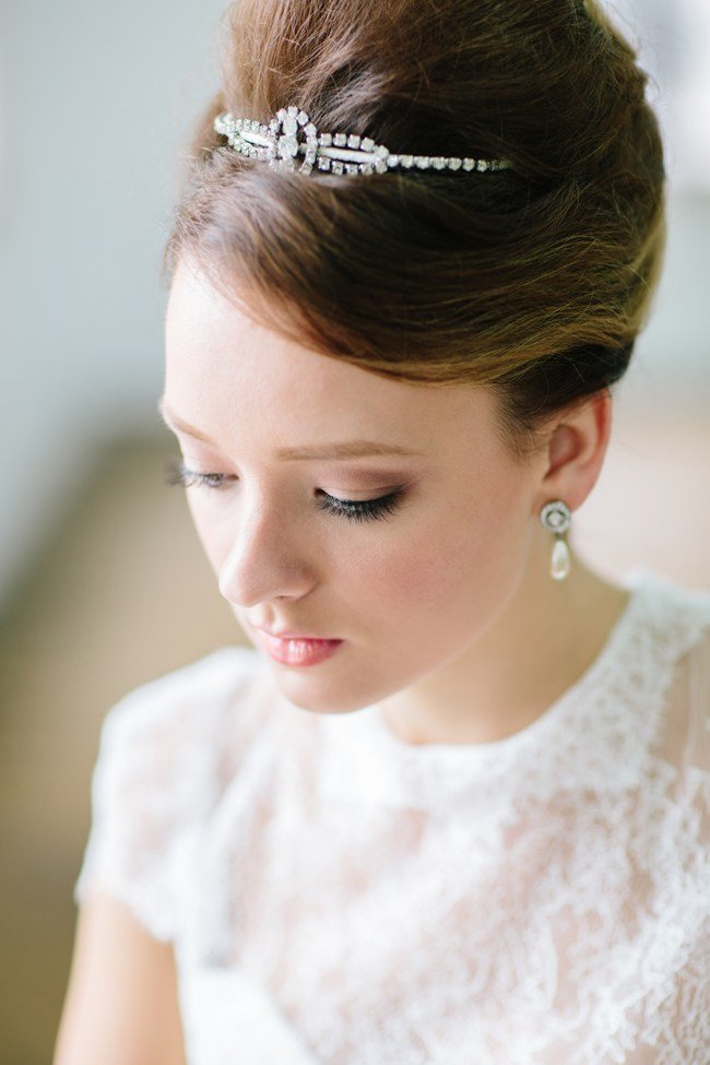 The Best Stunning Retro Wedding Hairstyles For Classic Wedding Pictures