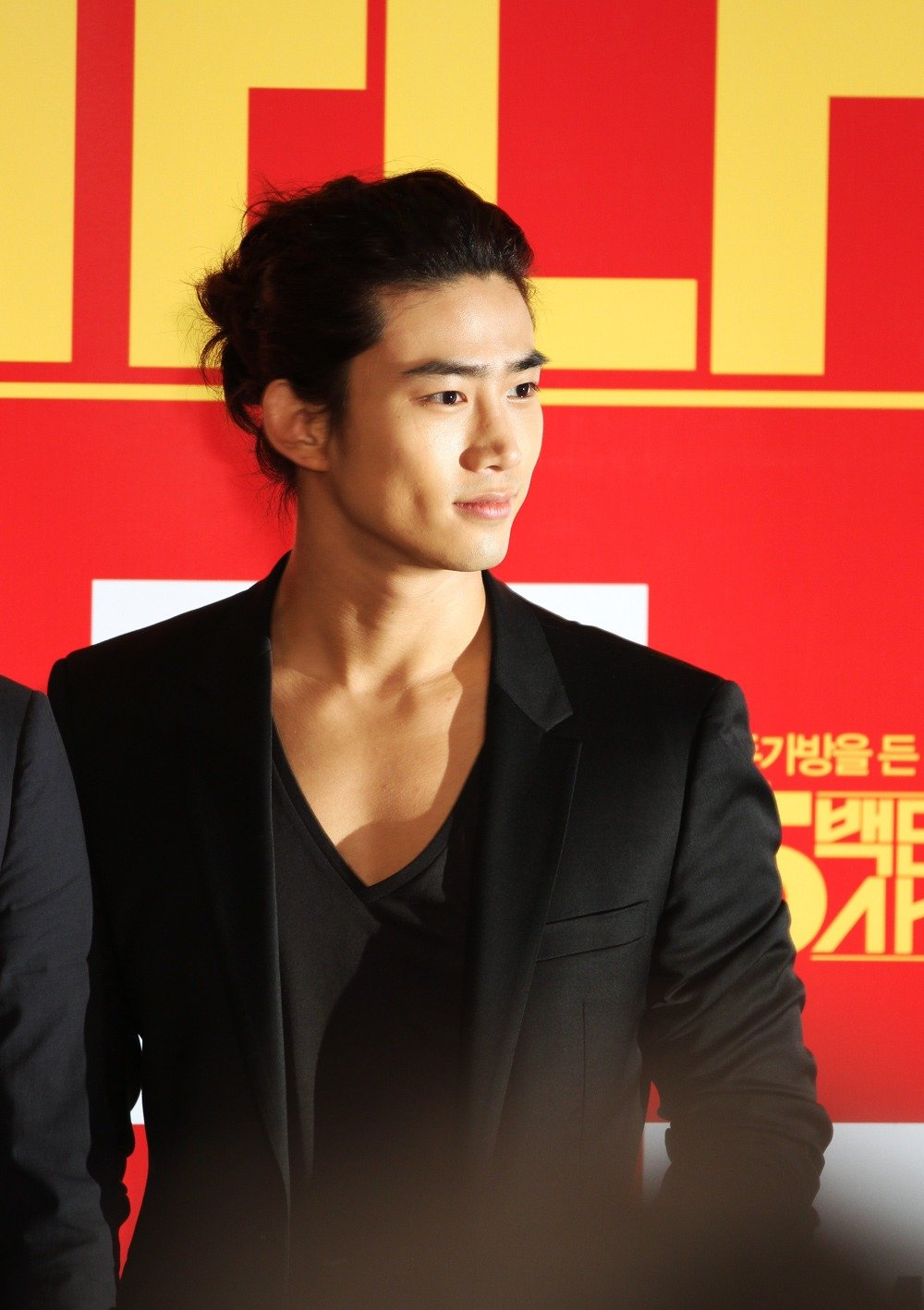 The Best Korean Hairstyles Taecyeon 2Pm Korean Hairstyles Pictures