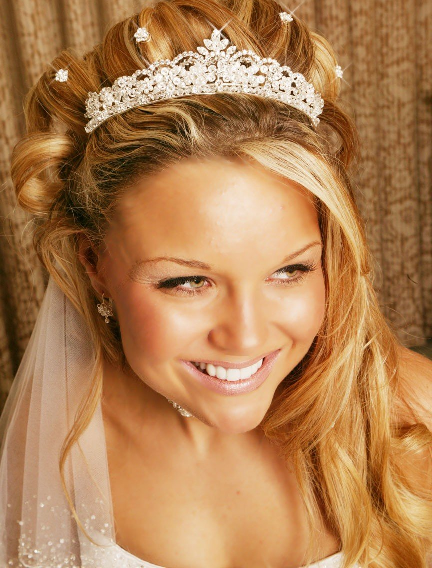 The Best Wedding Hairstyles With Tiara Best Wedding Pictures