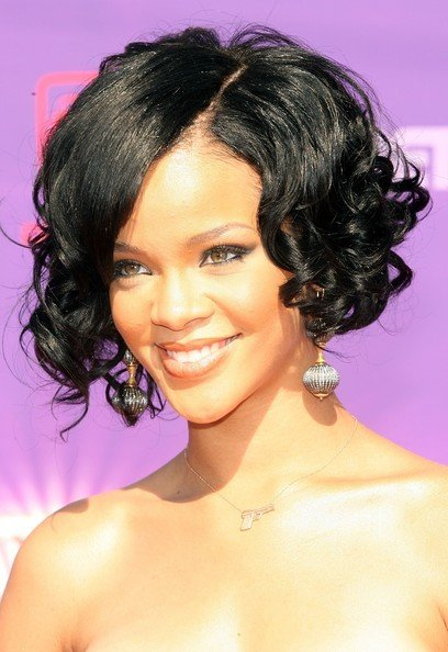 The Best Stylish Curly Bob Hairstyles Fashion 2010 11 Pictures