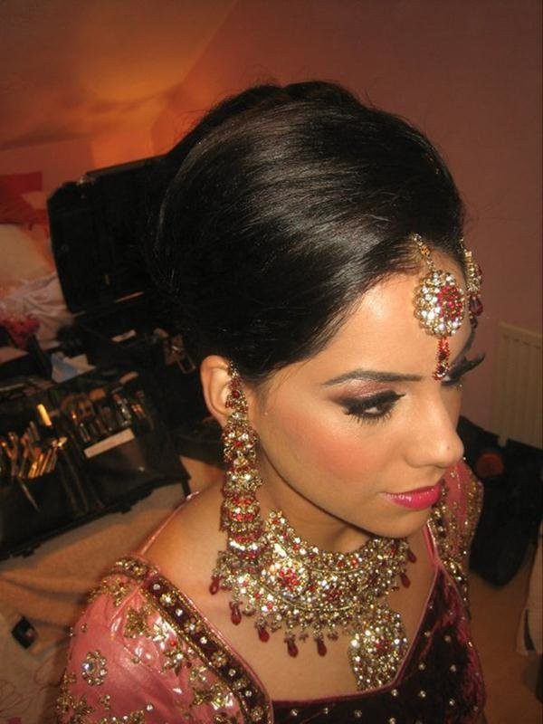 The Best Asian Bridal Bun And Tail Hairstyle Pictures