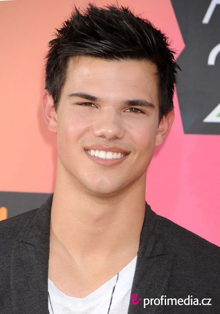The Best Baby Names Taylor Lautner Hairstyle Pictures