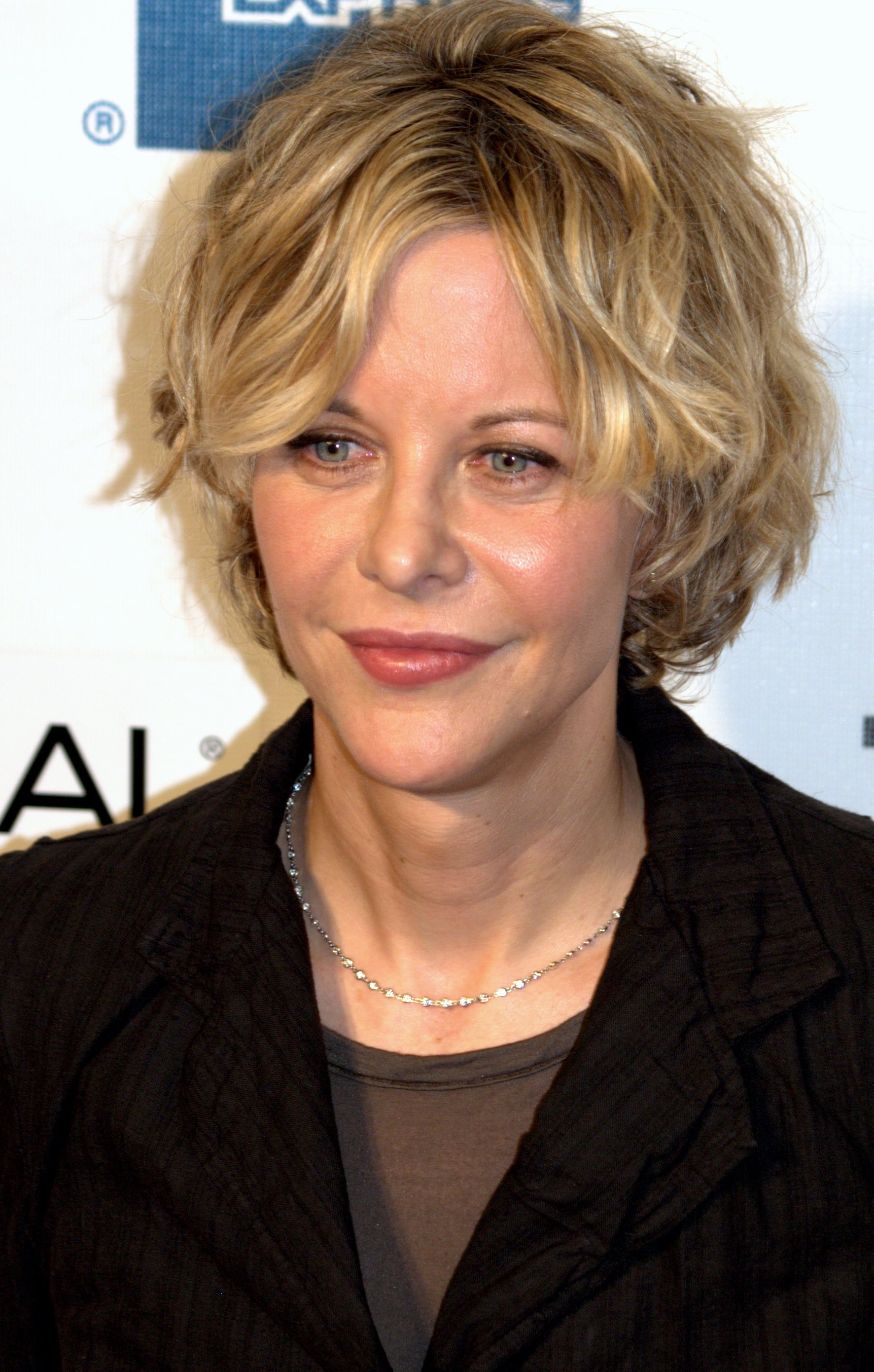 The Best Meg Ryan Hairstyles Aren T They Drool Worthy Slodive Pictures
