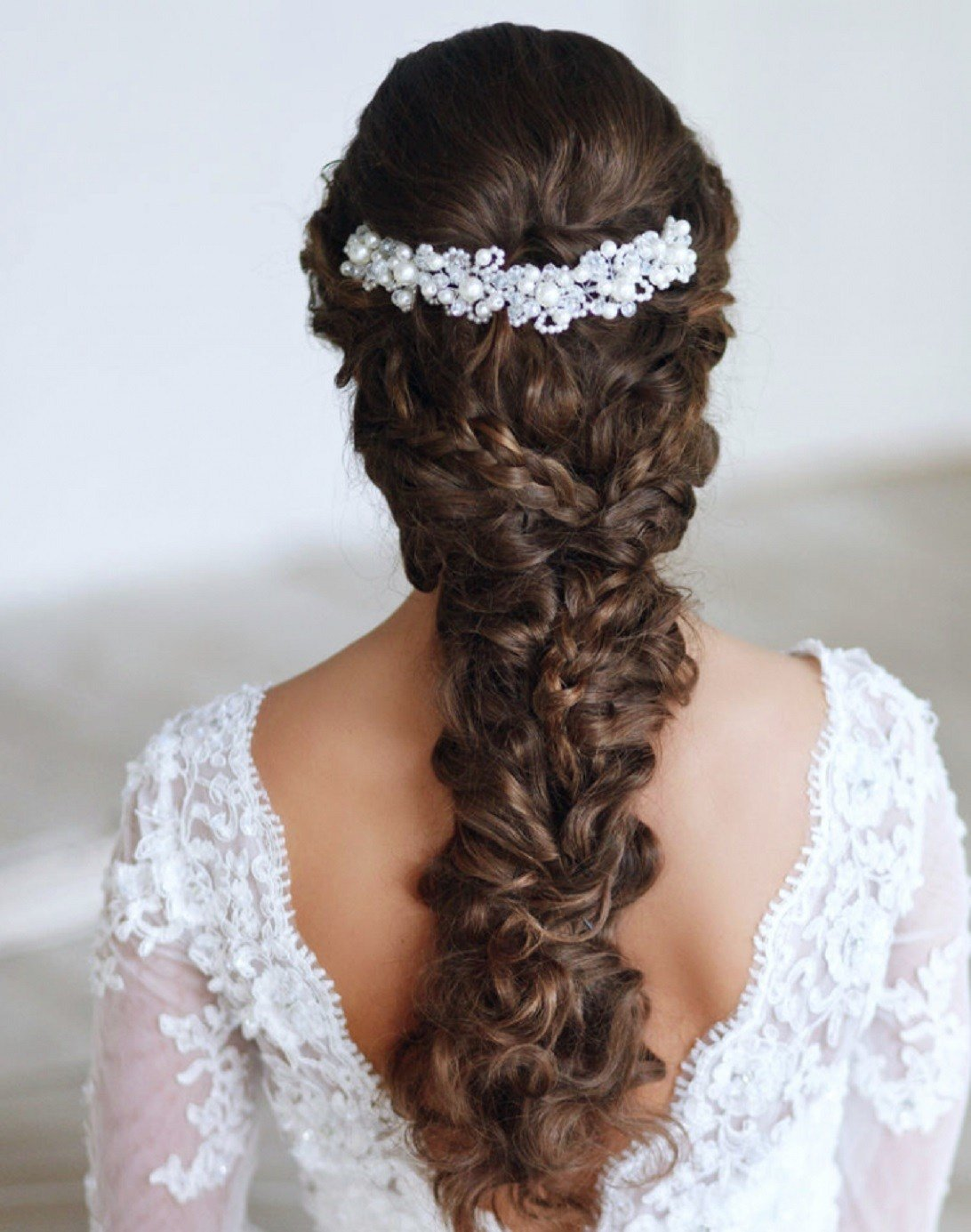 The Best 6 Bridal Hairstyle Tips For Your Big Day Pictures