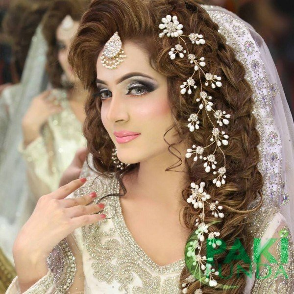 The Best Best Pakistani Bridal Hairstyles Bridal Wedding Pictures