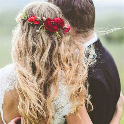 The Best 17 Must See Beach Wedding Hairstyle Ideas Brides Com Pictures