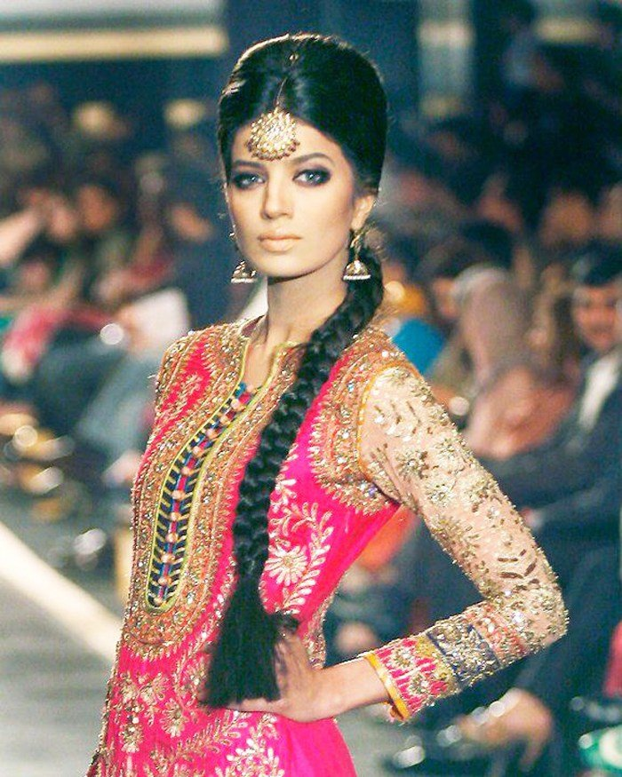 The Best Best Indian Braid Hairstyles For Navratri Fashionspick Com Pictures