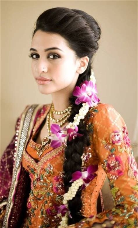 The Best 15 Indian Wedding Hairstyles For A Traditional Look Pictures