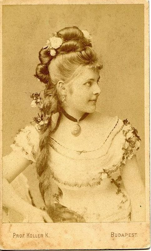 The Best Victorian Hairstyles A Short History In Photos Whizzpast Pictures Original 1024 x 768