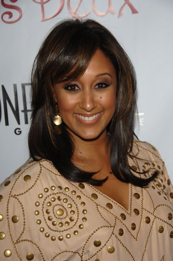 The Best Tamera Mowry Layered Cut Layered Cut Lookbook Stylebistro Pictures