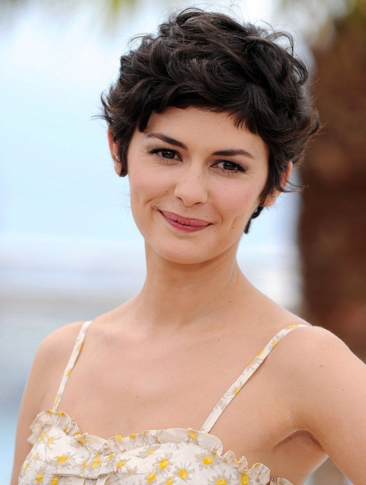 The Best Audrey Tautou Messy Cut Short Hairstyles Lookbook Pictures