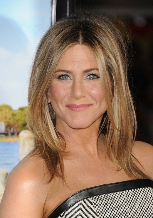 The Best Jennifer Aniston Middle Part Hairstyles 2013 Pictures