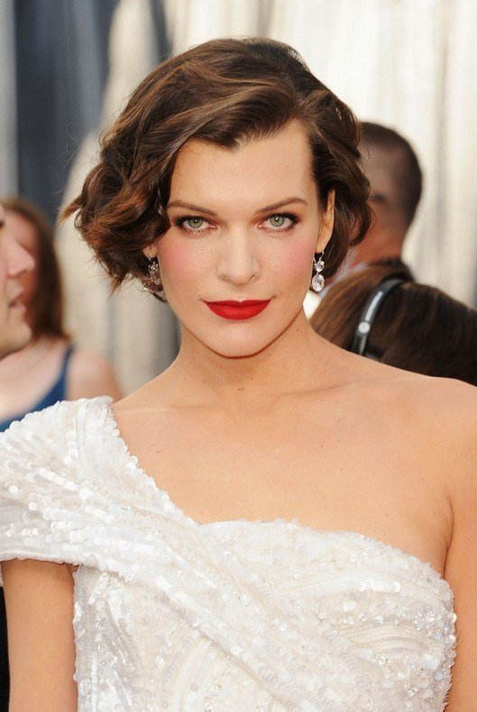The Best Elegant Edgy Bob Hairstyle For Women Milla Jovovich S Pictures