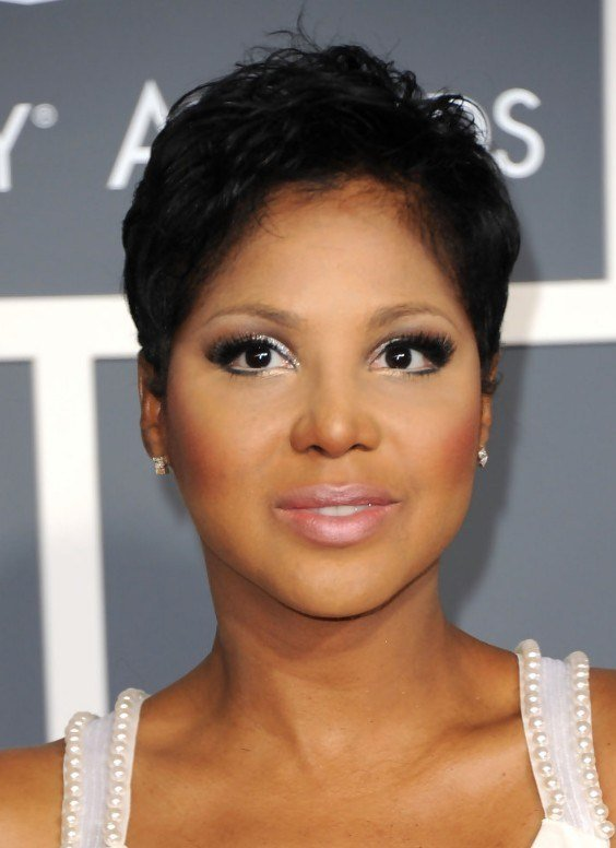 The Best 20 Stunning Looks With Pixie Cut For Round Face Pictures