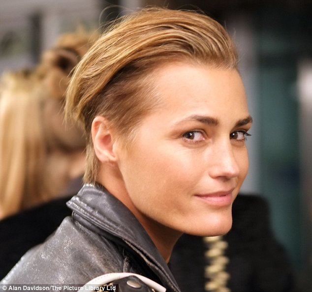 The Best Yasmin Le Bon 47 Rocks Edgy New Hairstyle And Looks More Pictures