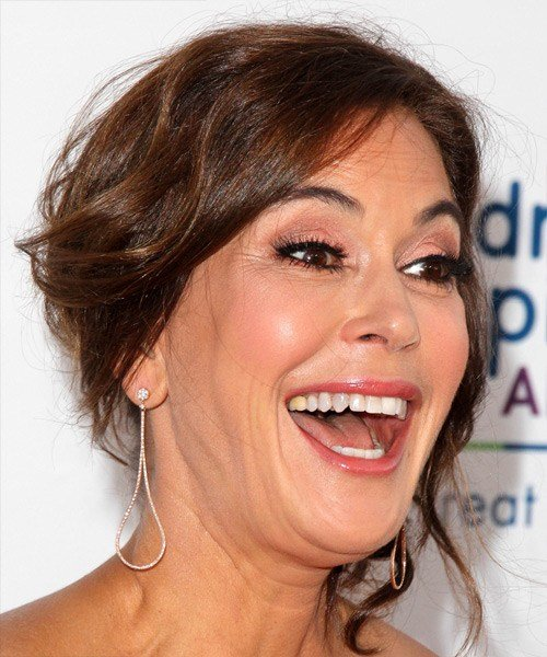 The Best Teri Hatcher Hairstyles In 2018 Pictures